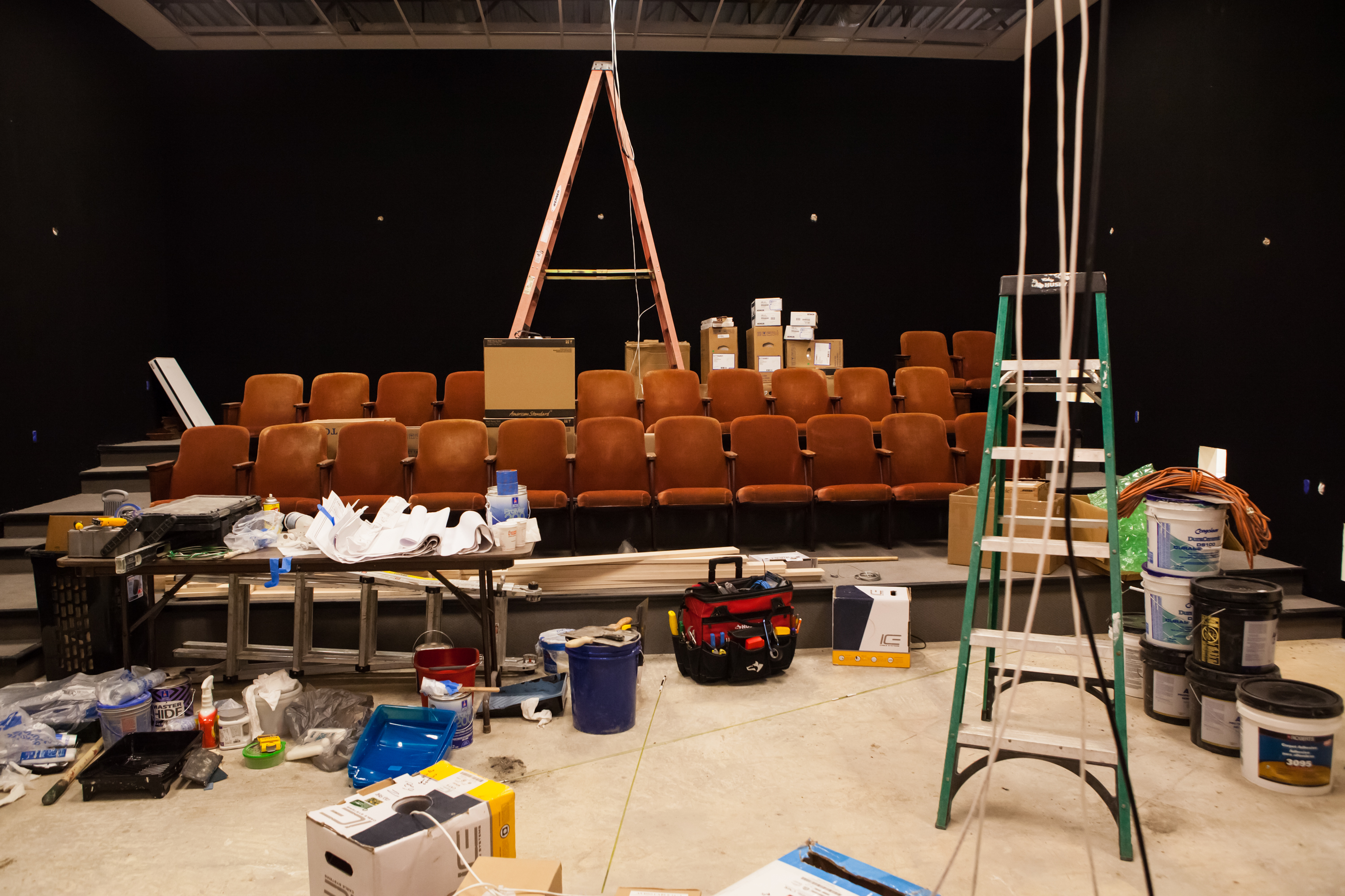 Installing the theatre seats